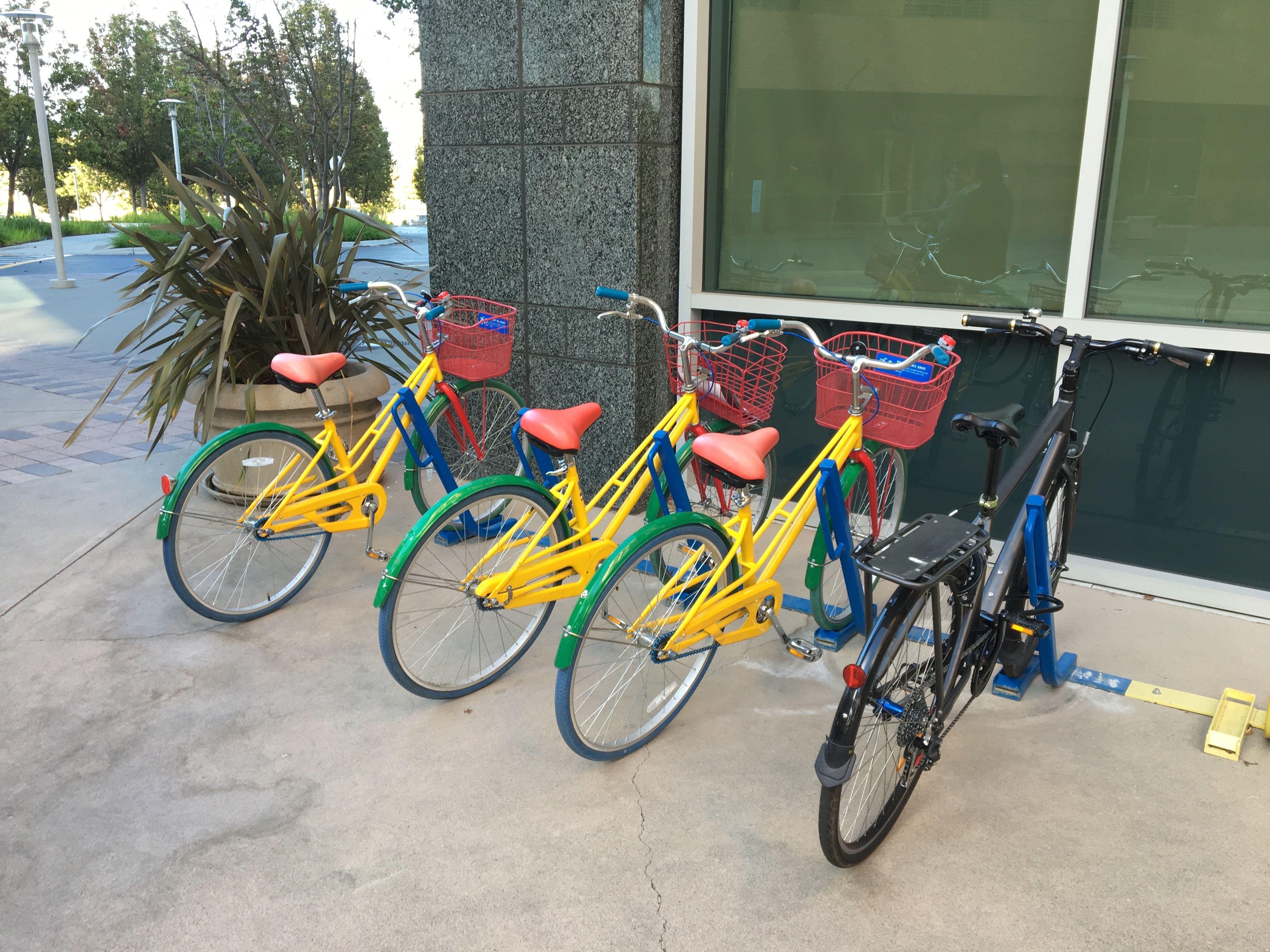 硅谷员工免费自行车.JPG