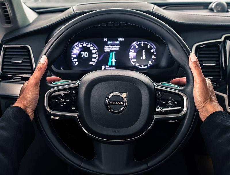 新的自动驾驶基础车型将在沃尔沃汽车SPA架构上进行开发,由沃尔沃汽车和优步(Uber)的工程师协作完成.jpg