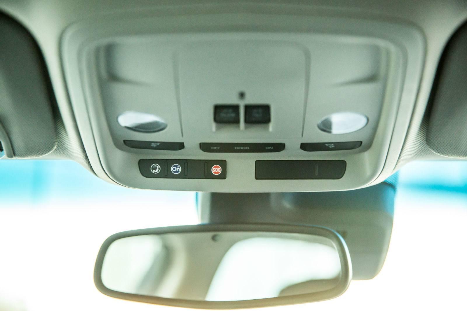 新款凯迪拉克ATS-L国内率先搭载安吉星4G LTE 并提供原装集成车载Wi-Fi_meitu_3.jpg