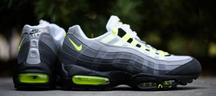 Nike_Air_Max_95_OG_-_Neon_Sneaker_Politics_2_1024x1024_meitu_2.jpg