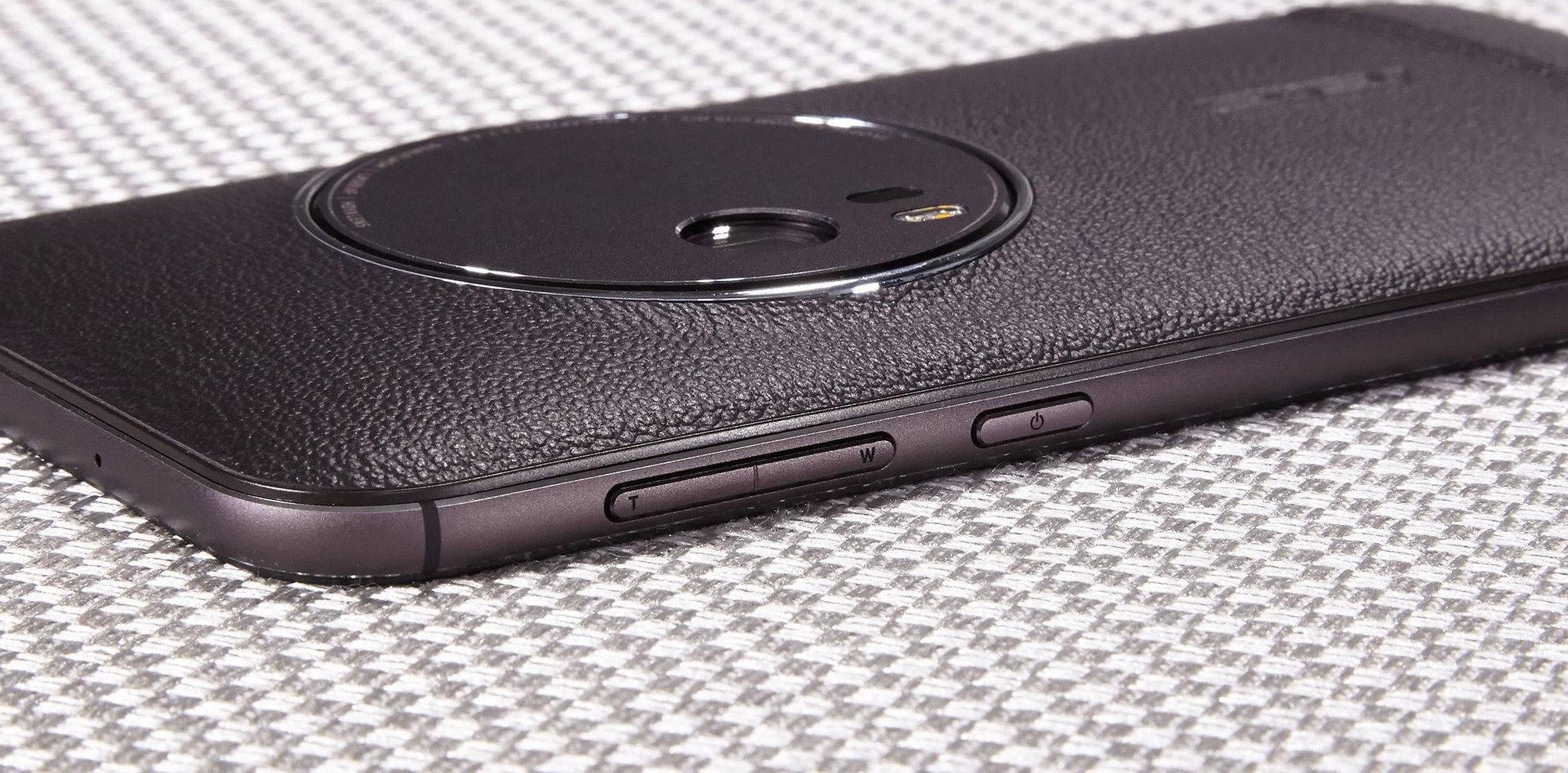 Asus-Zenfone-Zoom-G07-2.jpg