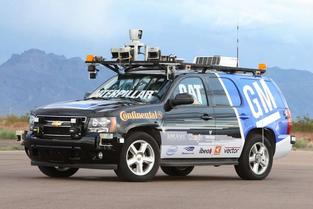 Chevrolet-Tahoe-by-Tartan-Racing-Darpa-Urban-Challenge-2007-07D2I204321342J.jpeg