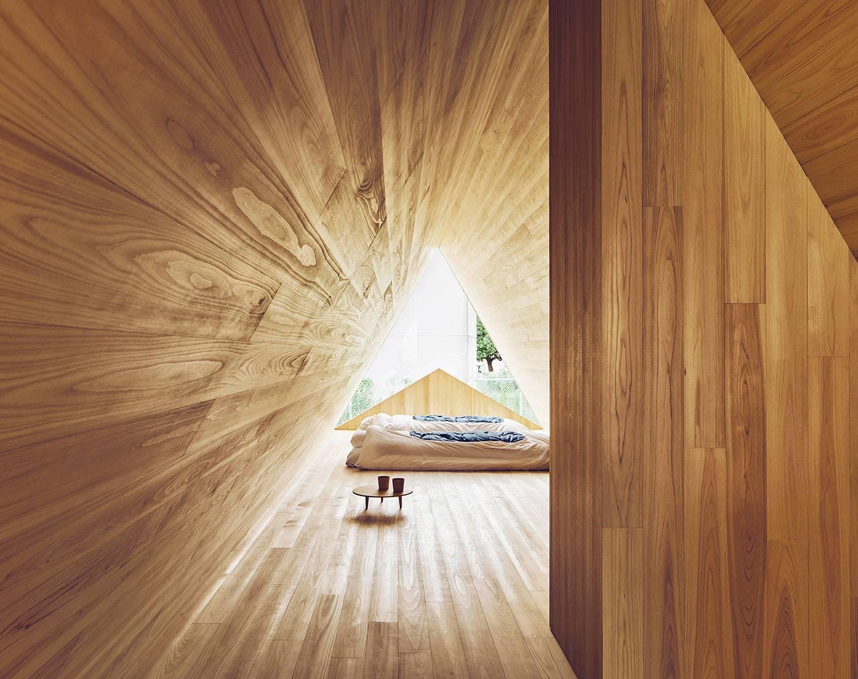 samara_yoshino_airbnb_bedroom.jpg