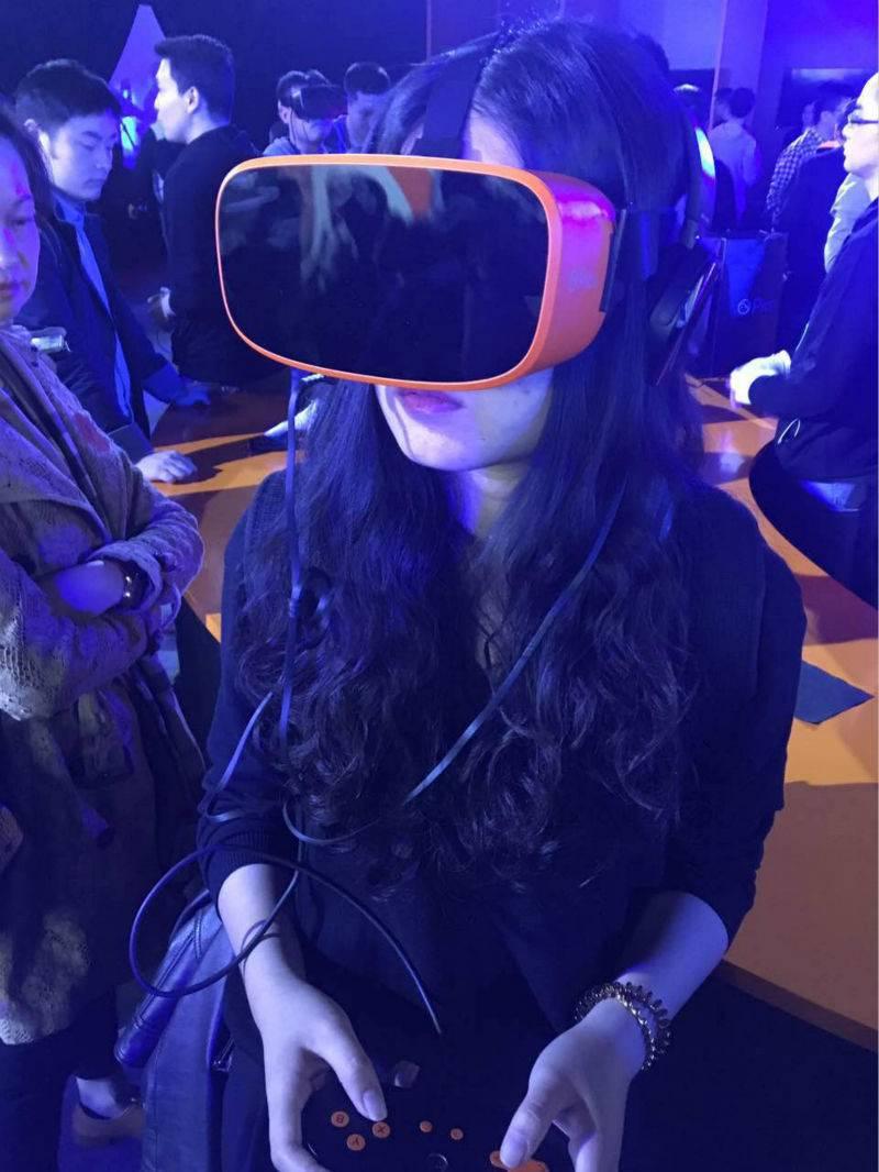 这可能是目前最符合我口味的 VR 一体机了 | 极客公园