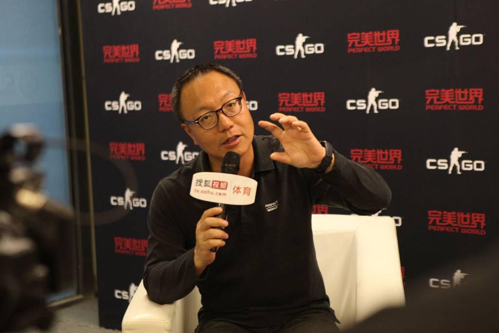 完美世界CEO 萧泓博士 接受媒体采访.jpg