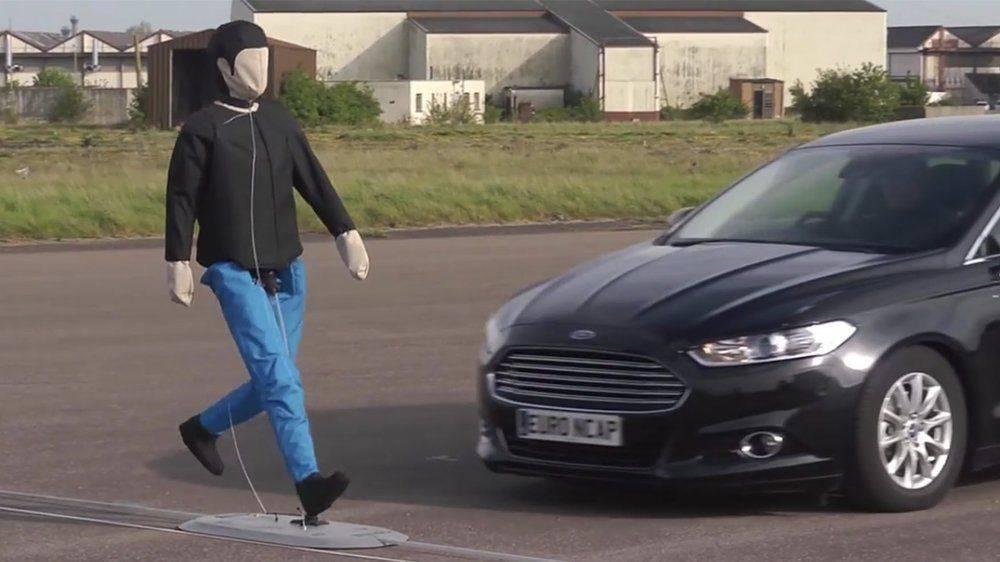 euroncap-pedestrian-test-aeb.jpg